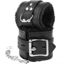 Blackness Lockable Handcuffs with Fur